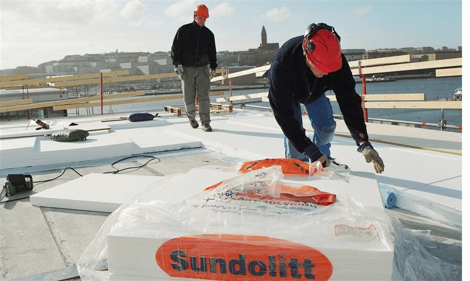Sundolitt Ltd is the UK business of the Sunde Group a highly respected European leader in the manufacture of EPS (expanded polystyrene) and XPS (extruded polystyrene) products. It has an outstanding reputation for quality, value and customer service.